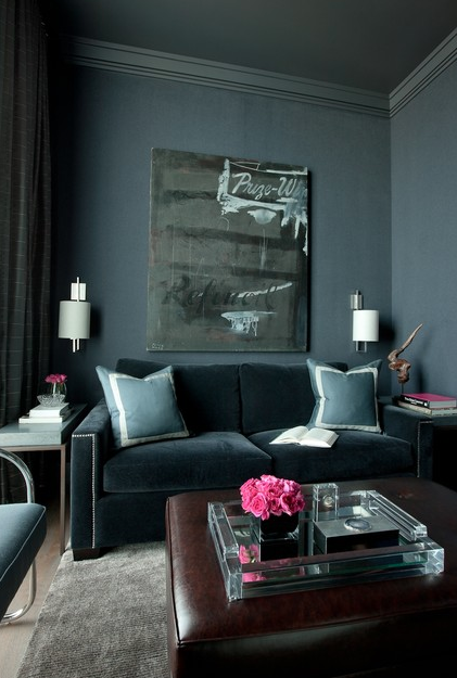 See What Happens When A Sofa Is Blended Into A Wall Similar Color