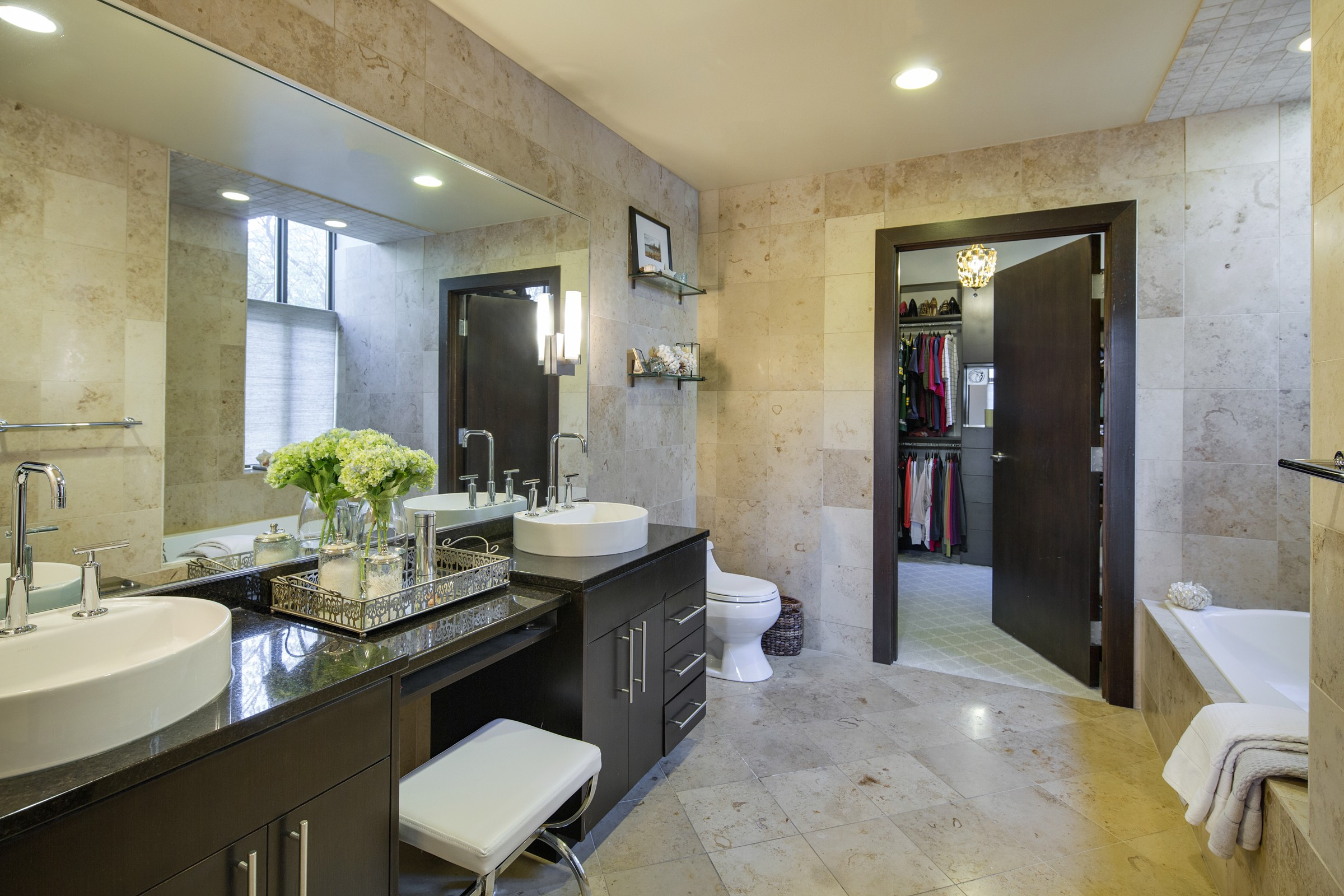 Houzz Tour. Minneapolis Interior Designer