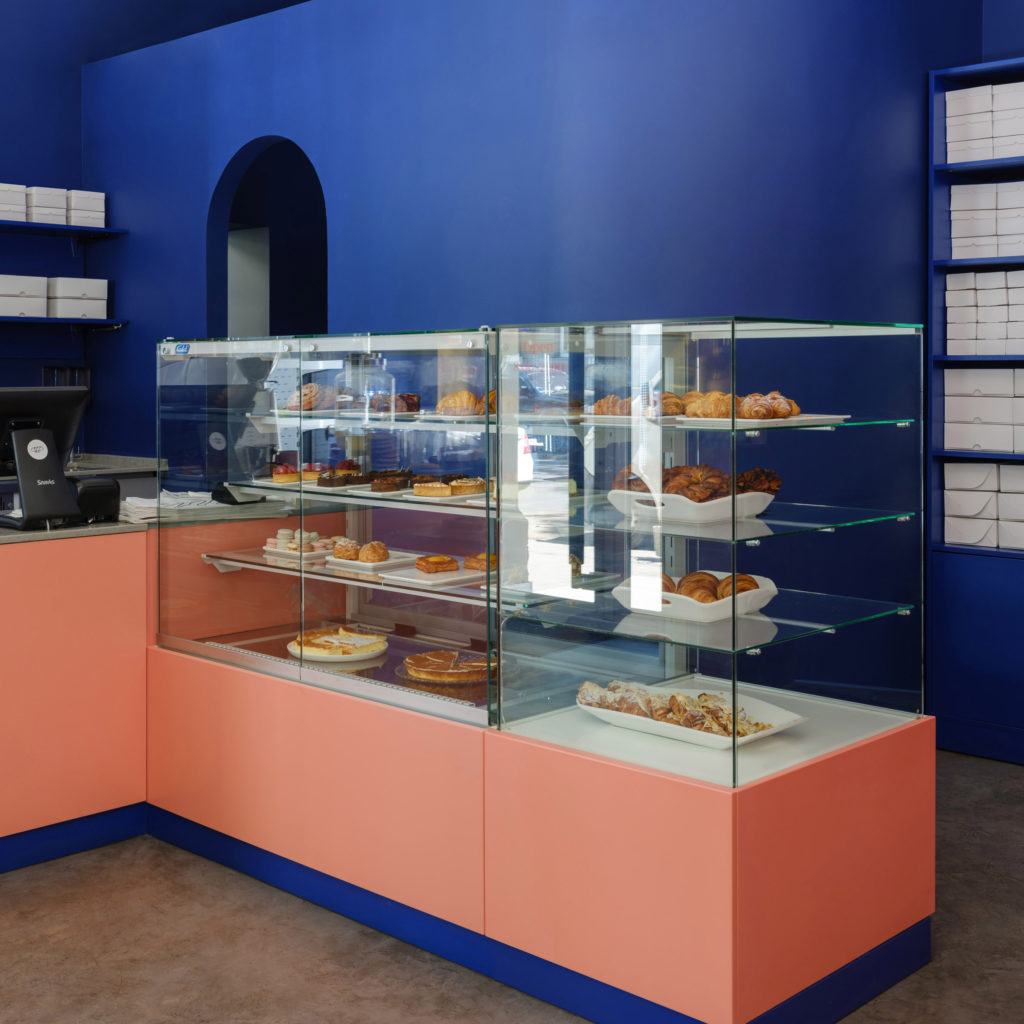 Pantone Color of the Year - Classic Blue in Breadway Odessa
