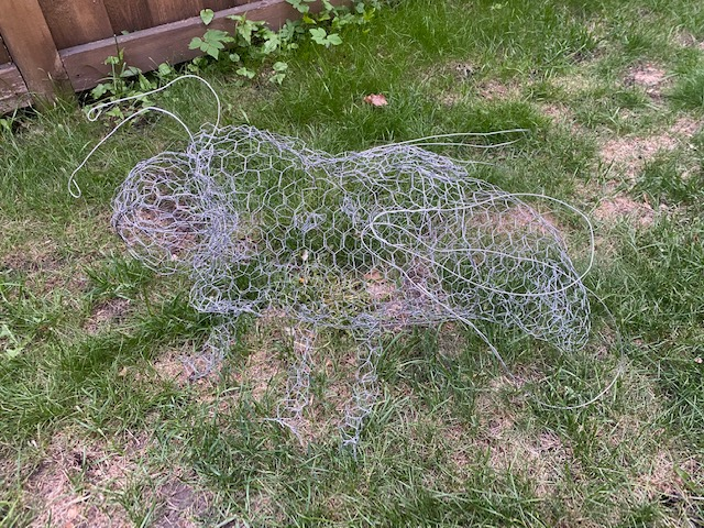 Bumble bee sculpture from chicken wire